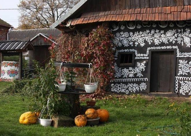 Zalipie, Poland (A Painted Village).