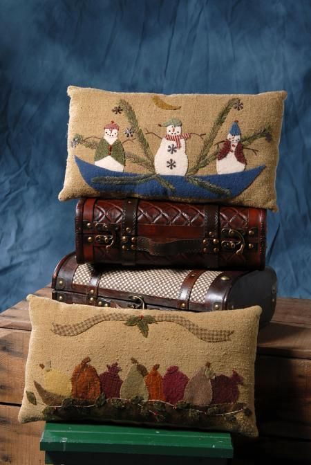 Bits and pieces by joan pillows the pattern hutch wool for Craft bits and pieces