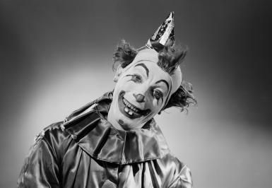 Too Scary to Read - The Clown Statue