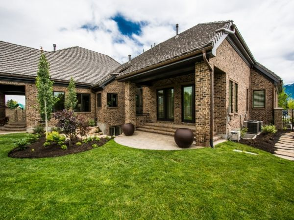 Lane myers construction utah custom home builders mont for A e custom homes