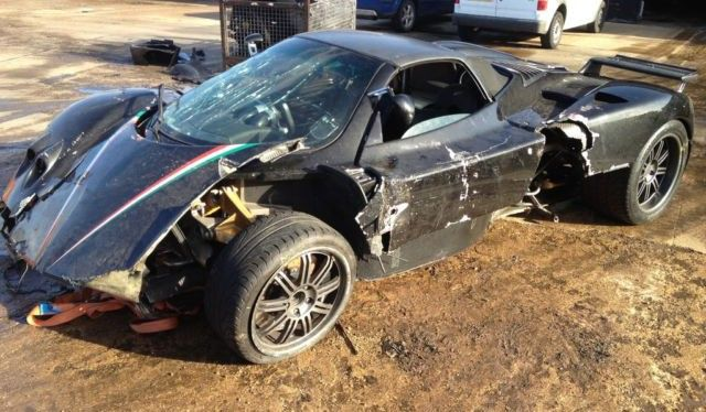 Wrecked Pagani Zonda for sale! 120,000 euros please :)