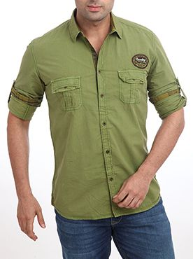 This casual shirt from the Parx casual wear collection is made up of pure cotton, which provides you superior level of comfort. Coming from the house of Raymond you can be very much assured about the quality and durability. This medium green colored shirt features a full sleeve and one pocket each on both sides. You can wear this stylish casual shirt along with jeans to look fashionable. The slim fit design also helps in giving you desired level of fit and comfort.