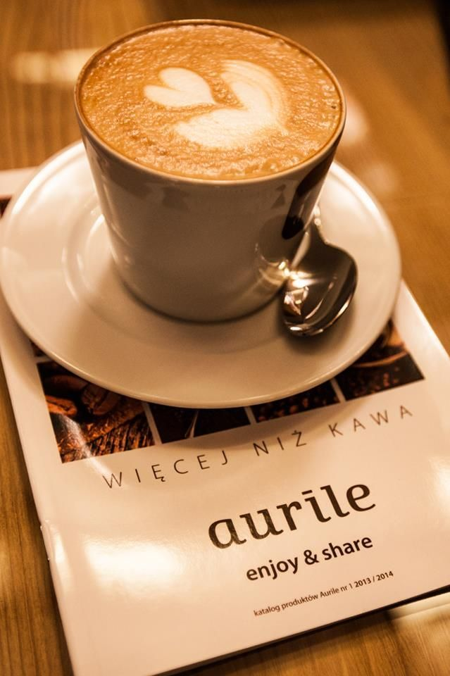 Legújabb termékcsaládunk, amely különlegessége ízében és összetételében rejlik!       Természetes, hogy tudj tenni önmagadért     Funkcionális, aszerint mire szeretnéd még felhasználni a kávézás örömét (energiát nyerni, fogyni vagy éppen megtartani a súlyodat stb)     Ízesített, ha nem a fekete íz miatt iszod (vanilia, irish krém)  http://webaruhaz.illattenger.hu/FMGROUP%20aurille_kavek