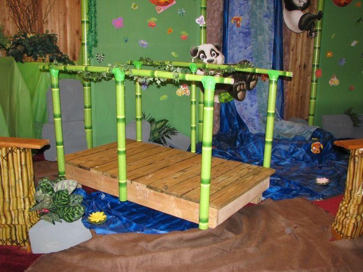 Een brug maken, inspiratie voor jungle/eiland thema