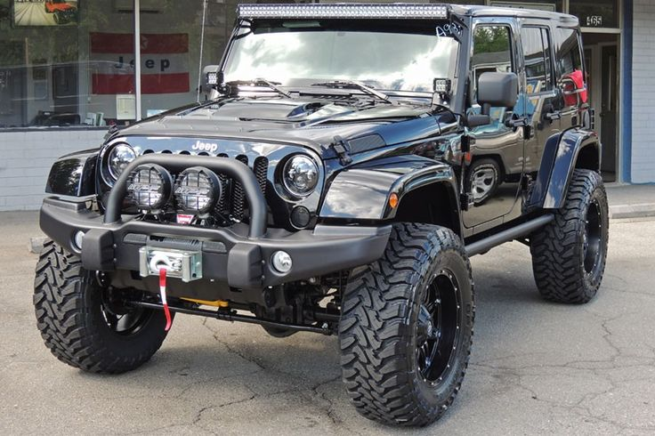 2013 Jeep Wrangler Unlimited Rubicon Black - Vehicles