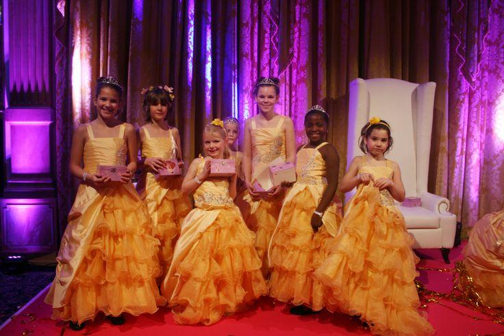 Prachtige prinsessen op het podium!