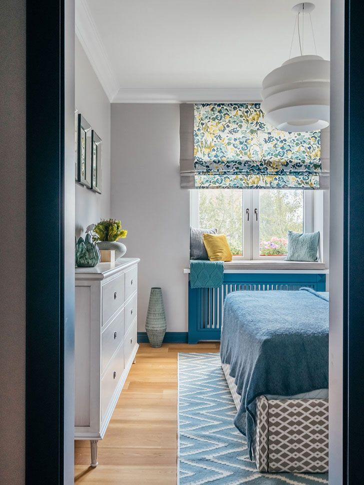 Colorful bedrooms (see more) #summer #colors #tones #bedroom #blue #yellow #window #Light #russia #moscow