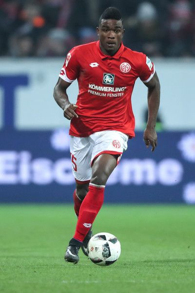 Jhon Cordoba of Mainz runs with the ball during the Bundesliga match between 1. FSV Mainz 05 and FC Augsburg at Opel Arena on February 10, 2017 in Mainz, Germany.
