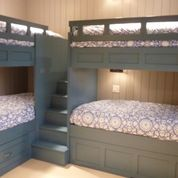 Corner Bunk Beds Design Ideas, Pictures.....are u kidding?  How cool would this be for my Fab Four ??????
