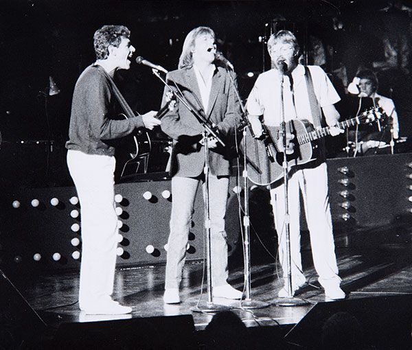 BEEB BIRTLES, JOHN FARNHAM, GRAEHAM GOBLE (December 24th 1983)