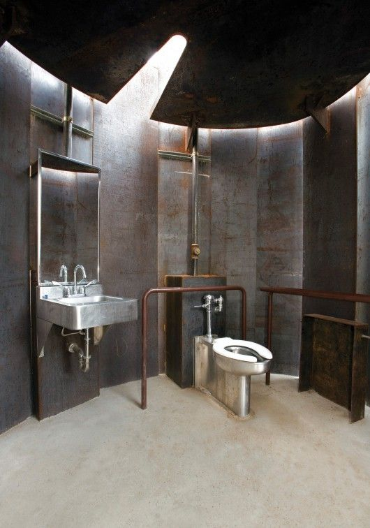 Trail Restroom - Miro Rivera Architects © Paul Finkel
