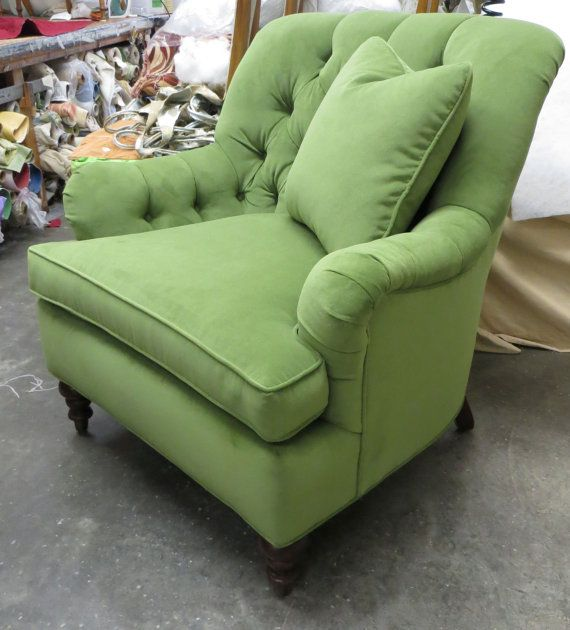 Brookhaven Heights Tufted Back Green Velvet