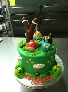10 best images about angry birds topper on pinterest for Angry birds cake decoration kit