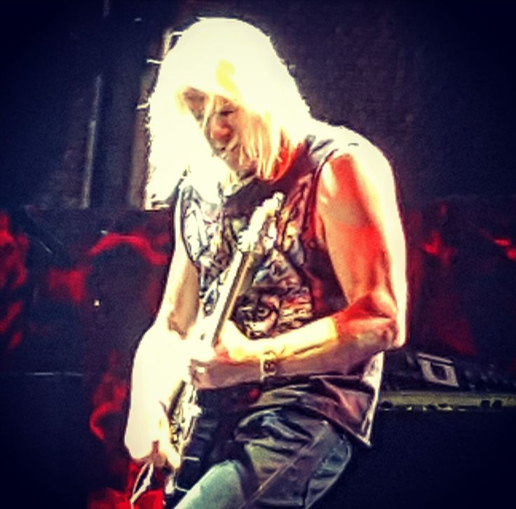 Steve Morse of Deep Purple last night in Bucharest