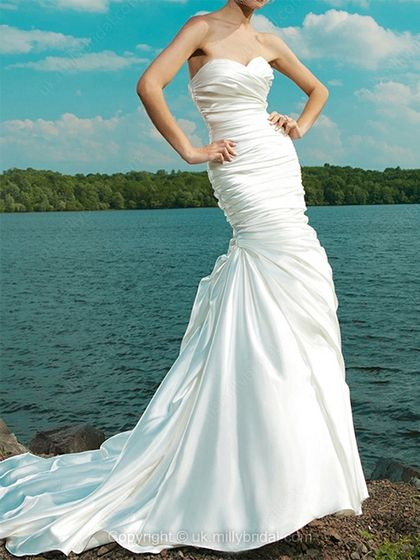 Trumpet/Mermaid Sweetheart Elastic Woven Satin Chapel Train White Ruffles Wedding Dresses -USD$243.78