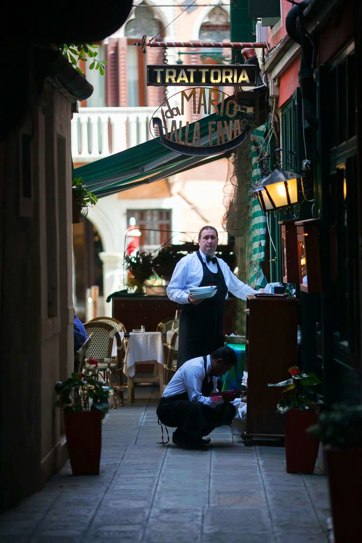 Escape the crowds and try exploring down the alleyways instead | Trattoria Da Mario
