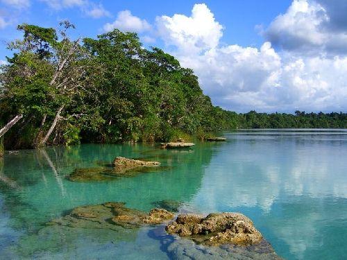 Laguna de Lachuá- Guatemala