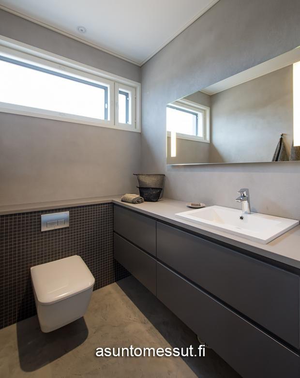 19 Aurinkokaari 1 - WC | Asuntomessut taso ja wc:n kotelointi samassa tasossa