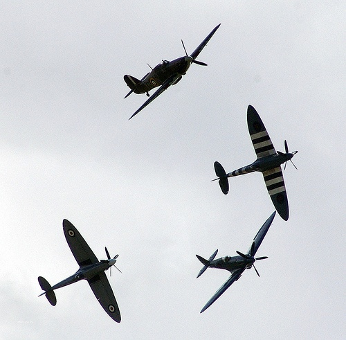 BBMF Break BBMF Break One of the BBMF's best public displays I have ever seen, with amongst other items, a 4-ship tail-chase