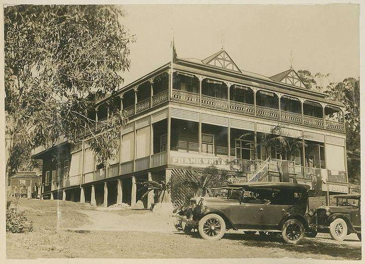 Hotel Currumbin, Gold Coast, Queensland, 1927 - Official cars arriving at the Hotel Currumbin.