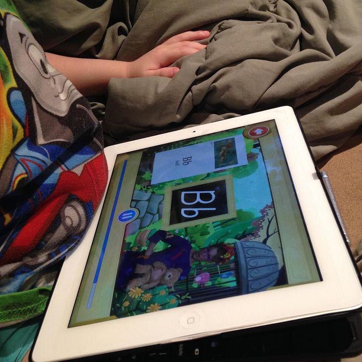 My three-year-old #preschool son is working hard on his letter Bb in the #phonicsmuseum We absolute love this program!  #hsreviews #veritaspress #missbiddle #veritaspresskindergarten #phonics