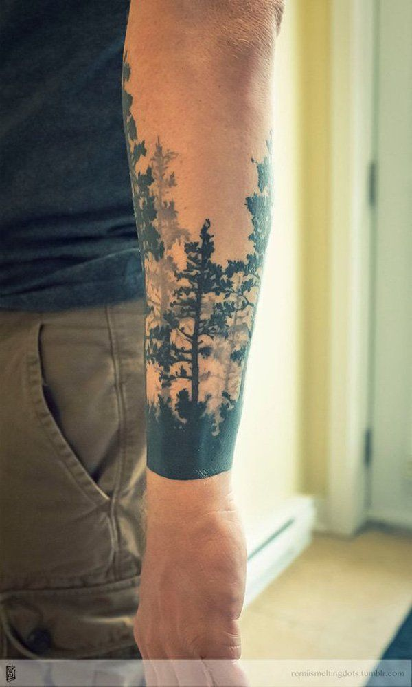 What's beautiful with forest tattoos is that you can make a complete picture but it still wouldn't look messy like some designs.