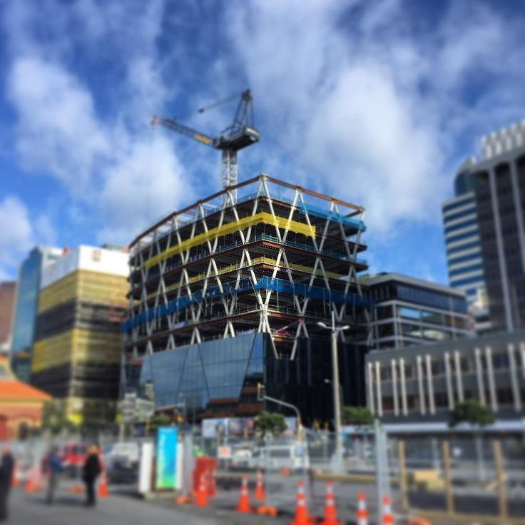 Diagrid structure going up in Wellington CBD . . . #architect #architecture #architecturenz #nzarchitecture #wellington #newzealand #design #structure #seismicdesign #outoftheoffice