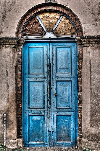 Pretty old double doors in Manchester, England..