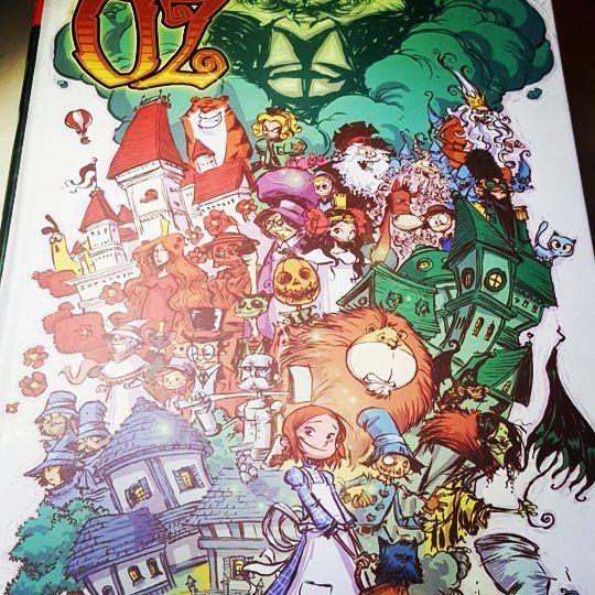 Esta noche toca viajar hasta la ciudad esmeralda seguiremos el camino de baldosas amarillas. We're going to see the Wizard: the wonderful Wizard of Oz #oz #ozintegral #frankbaum #skottieyoung