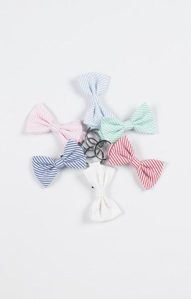 Prep up your keychain with one of our seersucker bow keychains today! Available in 6 lovely colors!