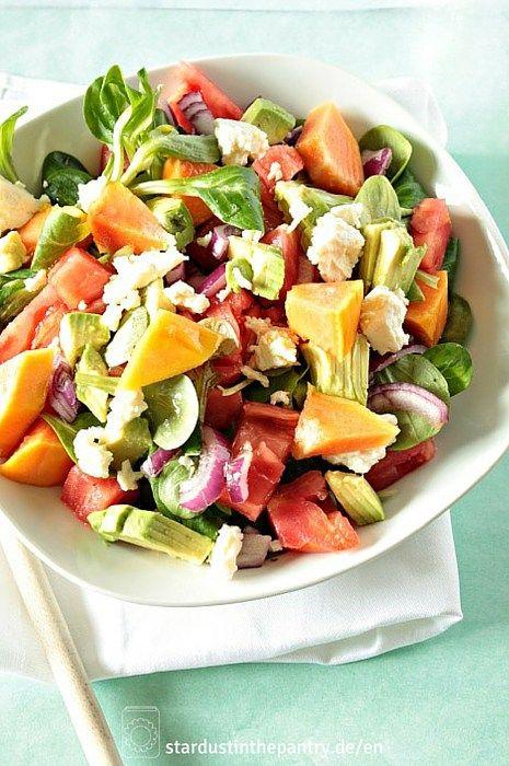 Fruchtig herzhafter Papaya Salat! Lecker, gesund und schnell gemacht.