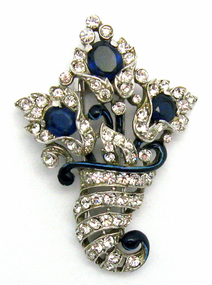 Vintage 1940 CROWN TRIFARI A. Philippe Floral Clip Rhinestones Perfect Condition
