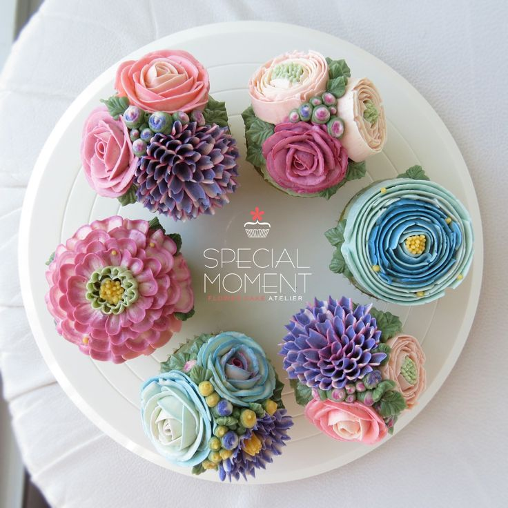 Greentea flower buttercream cupcake for my birthday cake/cupcake ...