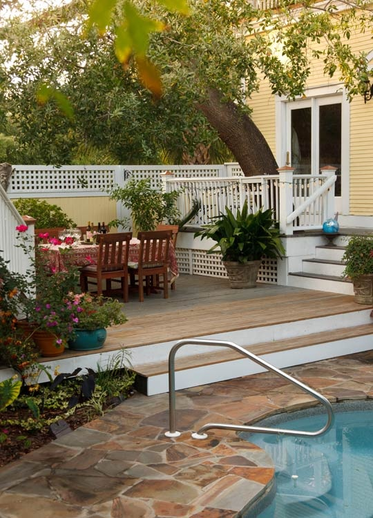 Garden & Pool Area...Bed & Breakfast Photos | Azalea Inn & Gardens, Savannah