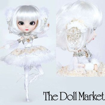 """PERE NOEL -   12 inch vinyl fully articulated fashion doll Pullip as """"Pere Noel"""" has open/close grey eyes that also look from side to side, a white wig and this Pullip was designed by KIYOKAWA ASAMI, an artist well known for her distinct ability to embroider photographs. She wears a pure white ballet costume designed for Christmas is full of details that reflect her artistic style"""