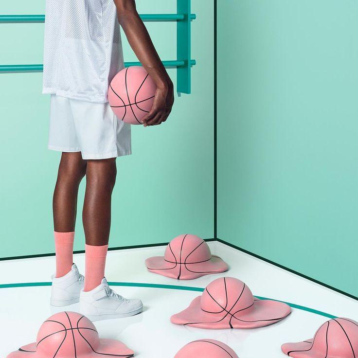 Last shot. #kaz #ponymtl #lmchabot #camilleboyerstudio #sidleecollective #basket…  – jj