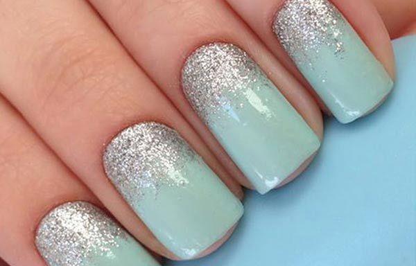 Uñas decoradas color verde menta, uñas decoradas verde menta plata.  Únete al CLUB, síguenos! #coloresuñas #colornailart #uñaselegantes