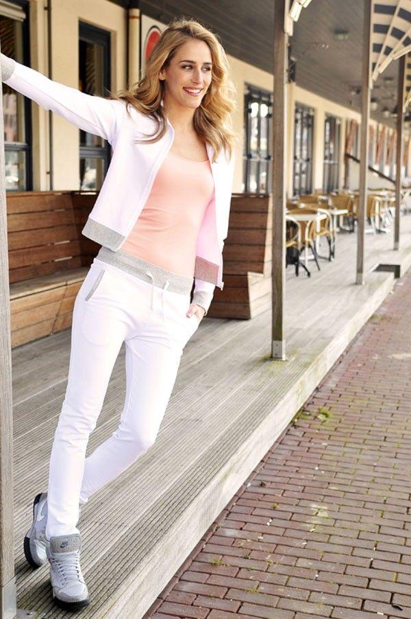 Joggingpak Wit www.missdavenport.com