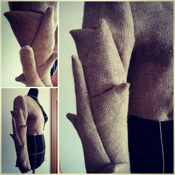 #supermasterclass2017 #trcuttingschool #trcutting #origami  #fabricmanipulation #sleeve #fallwinter #foldingpaper #irinaakkaya