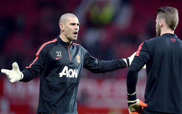 Man Utd transfer news: Victor Valdes to join Standard Liege on loan