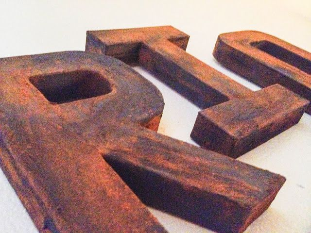 Creating Faux Rust ~ DIY -- great way to have rust without it being really rusty