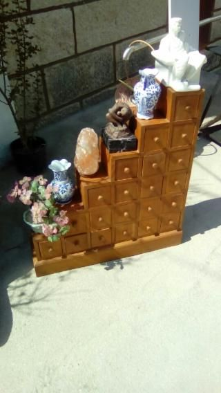 195€ OIA Mueble cajonera de madera maciza escalera
