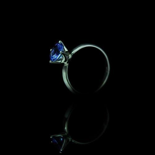 Engagement ring with beautiful natural tanzanite.