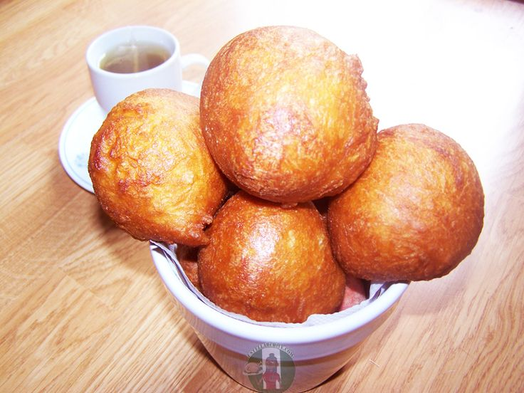 Ghanaians call it Bofrot, Nigerians call it Puff Puff. Recipe for these crunchy snacks ''Bofrot'' is on the blog now.