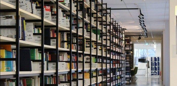 8 sitios estupendos para descargar legalmente cientos de libros gratis en español | Geek's RooM