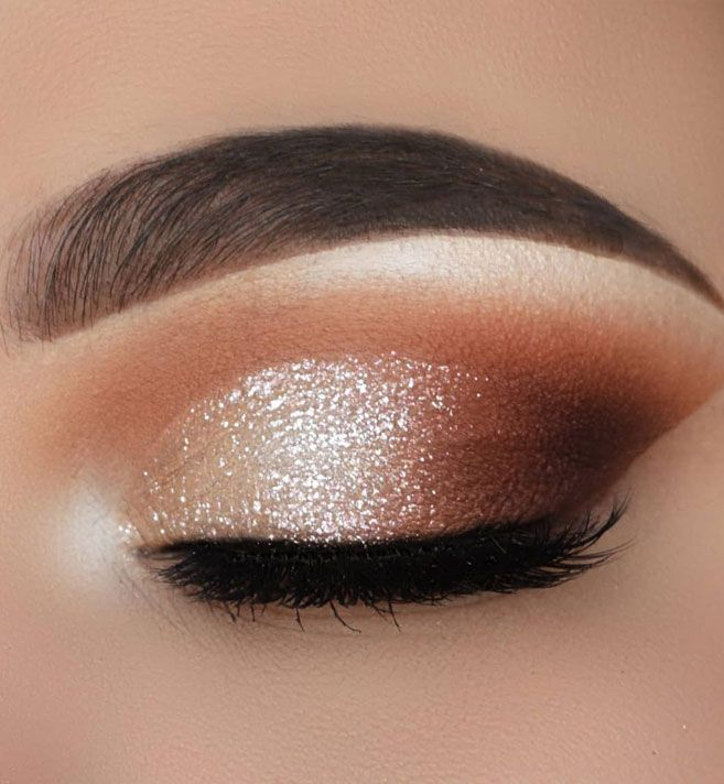 35 Hottest Eye Makeup Looks For Day And Evening , soft glam eye shadow #eyemakeu…
