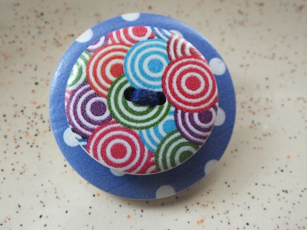 Brooche made with wood buttons. Cheerful colors. by PerfectLoveArts 5.90 €