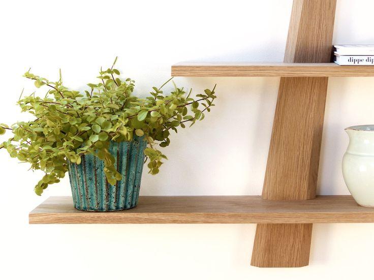 hylde hylder amagerhylde fra Hjuler.Design dansk design træ eg egetræ hylly hylle hyllor