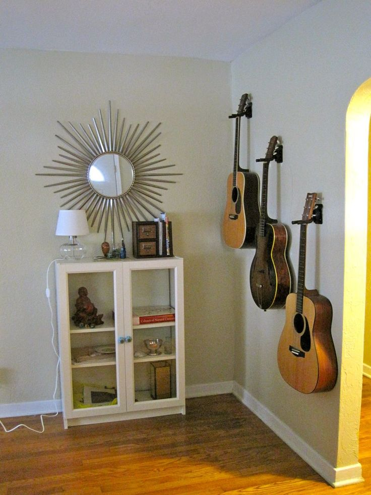 Want the two he has on each wall. Staggering up; Bluegrass hanging lower left. Midway up wall; Poppy hands <3