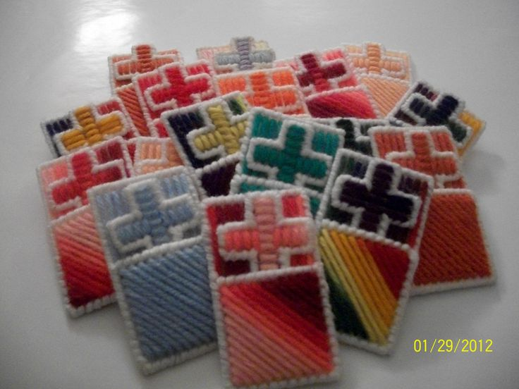 17 best images about canvas crosses on pinterest plastic for Cross in my pocket craft